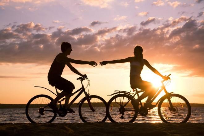 cycling-halong-bay-beach1